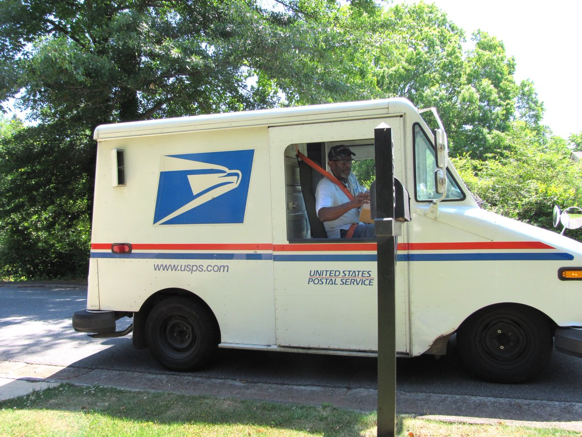 Neighborhood Gives Mailman Perfect Retirement Present
